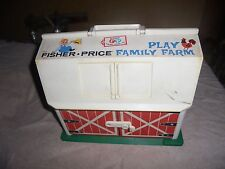 Vtg Little People Play Family Farm Fisher Price 915 Building ONLY Green Base USA