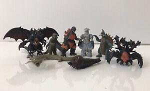 2002 Bandai Godzilla Pack of Destruction Boxed set of 8 figures