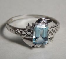 Vintage 10K white Solid gold   Aquamarine  Diamonds Stunning ring,  size 7.25