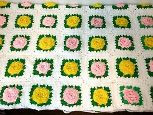 """Hand-Crocheted 3D Bed of PINK & YELLOW ROSES Afghan Throw Blanket 65""""x 70"""" Clean"""