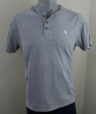St. George de zoquete botón T camisa del tamaño de gran