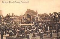 POSTCARD   HAMPSHIRE   PORTSMOUTH   Garrison  Church  Parade