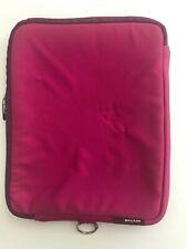 """Belkin Universal Zippered Padded Neoprene 7"""" X 9"""" Tablet E-Reader Case Fuchsia"""