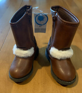 Carter's Brown Tall Dove Boots Size Girl Size Toddler 4 NWT (MCL)