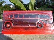 n° 16 AEC REGAL III Harrington Dorsal FN Autobus et Autocar du Monde 1/43 Neuf