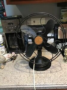 Vintage GE?? Victor?? Electric Fan 4 Blade. Works.