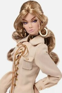 Integrity Toys- Fashion Royalty -Poppy Parker Outback Walkabout - NRFB