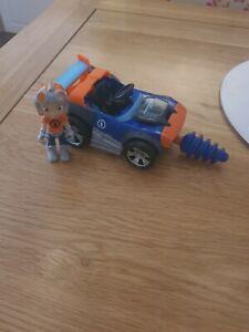 Rusty Rivets Vehicle And Figure