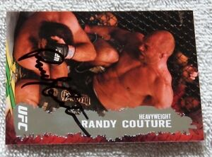 """UFC Legend """"The Natural"""" Randy Couture Signed 2009 Topps UFC Card"""