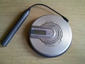 Panasonic portable CD player am fm radio D.SOUND SL-CT582V