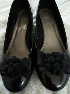 Clarks wider Fit Size 8 Shoes