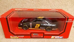 1994 Racing Champions 1:24 Diecast NASCAR Rusty Wallace Ford Thunderbird Black a