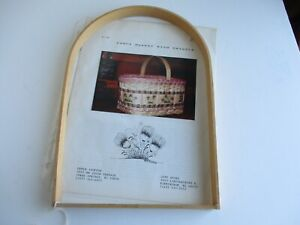 Craft Basket Weaving Pattern With Handle Included