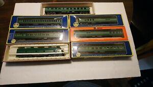 Rivarossi HO Train Southern Railway 🌙Ltd EMD E7 Powered Diesel Locomotive/Cars