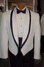 VINTAGE 80'S WHITE/BLACK TUXEDO JACKET 40 regular WITH BLACK CUMMERBUND/BOWTIE