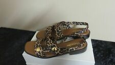 "BROOKE SANDALS 1"" HEELS WOMEN'S MADE IN ITALY ANIMAL PRINT NWOB SZ 39M 8 US"