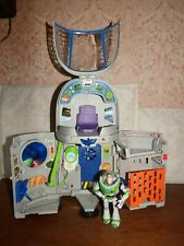 Toy Story Buzz Lightyear Star Spaceship Command Centre figure toy playset TALKS!