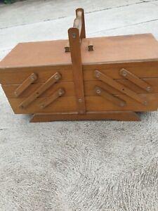 VINTAGE RETRO  SEWING BOX wooden veneer  1