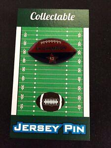 New England Patriots Tom Brady football lapel pin-Collectible