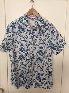 Cactus Man Floral Summer Short Sleeve Button Up Shirt Sz XL Slim Fit 100% Cotton