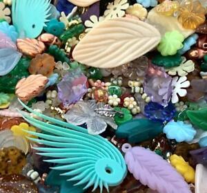 Vintage 1950's Plastic & Lucite Flower Leaf Beads Mix 70