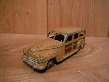 Dinky 344 Plymouth Woody estate (006)