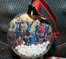 THE BROONS & OOR WULLIE  XMAS BAUBLE WITH  SPARKLY FREEFLOWING SNOWBALLS! NEW