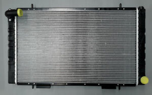 Radiator fits Land Rover Defender 90 110 v8 without Oil Cooler year 1983 to 1990