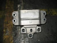 Original VW Eos 1Q Facelift Getriebehalter A1478 1k0199555s
