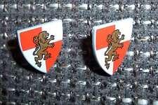 2 Lego Schilde Löwe Burg Schutzschilde Löwen Motiv rot weiss gold Ritter Neu