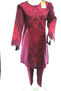 Ethnic Ready to wear Embroidered winter 2020 Plum suit in Medium size