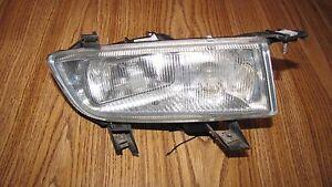 1999-2003 SAAB 9-3 FOG LIGHT RH OEM PASSENGER