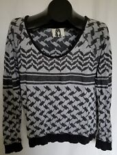 Ladies PERKS AND MINI Gray Black Sweater Size L 100% Cotton Top Long Sleeve
