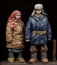 Boy & Girl WW II period, (2 FIGURES), The Bodi, TB-35100, 1:35
