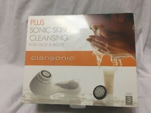 Clarisonic Plus Sonic Skin Cleansing Face & Body Electronic Set White 3 Speeds