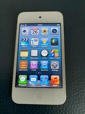 Apple iPod Touch 32GB White/Silver A1367 in very good condition.