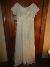 Stunning Vintage 1940's EVENING GOWN, Antique White Lace and Satin Size Large