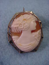Vintage  14Kt. Yellow Gold Shell Cameo Pin/Necklace