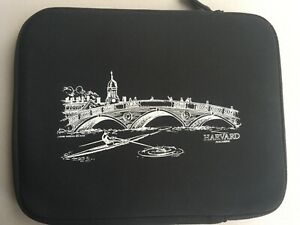 """IPAD PADDED CASE-""""HARVARD MAGAZINE""""-INNER PADDING-CLEANING CLOTH ATTACHED-ZIPPER"""