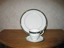 NORITAKE *NEW* Essex Court Cup with Saucer / Tasse avec Soucoupe