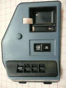 1996 Oldsmobile Cutlass Ciera - Driver's Side Power Windows Switch and Panel