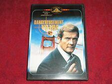 DVD JAMES BOND 007 / Dangereusement Votre - ROGER MOORE / Comme NEUF !!!