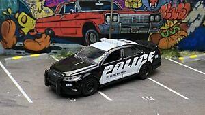 Greenlight Hot Pursuit 2012 Ford Taurus Police Interceptor Show Car Loose