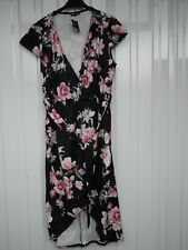Quiz Curve Black And Pink Floral Wrap Dress Size 22