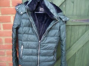 From Zara Basic Outerwear Ladies Dark Green Hooded Jacket Size Medium