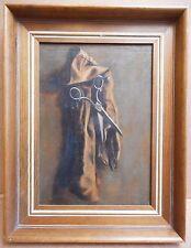 NATURA morta con forbici da appendere e Guanto. originale olio su tela, intorno al 1920
