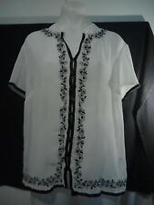 Liz Jordan Ladies Top in Translucent White with Black Floral Relief Size 14