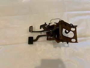 1971-1972 Mopar B Body Clutch Pedal Assembly 4 Four Speed Spd Manual Transmissio