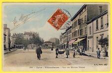 cpa LYON VILLEURBANNE (Rhône) Place des Maisons Neuves Landau CARRIOLE COMMERCES