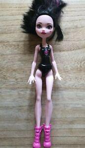 Monster High Ghoul Spirit Draculaura Doll DNV67